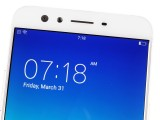 Two cameras at the front - Oppo F3 Plus review