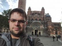 Razer Phone selfies: HDR On - f/2.0, ISO 100, 1/898s - Razer Phone review
