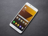 Front - Samsung Galaxy C7 Pro