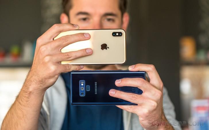 Apple iPhone XS Max vs. Samsung Galaxy Note9 camera comparison