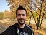 Selfie samples - Google Pixel 3 review