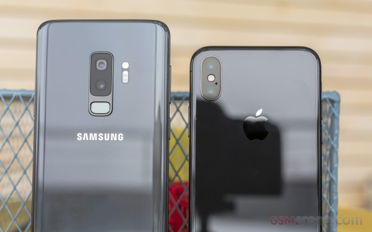 iPhone X vs. Galaxy S9+ review