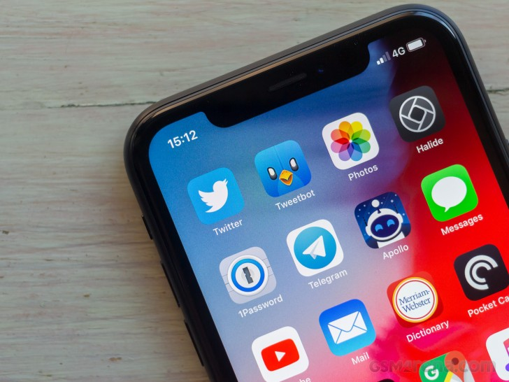 Iphone Xr Red Light Water Indicator: Apple IPhone XR Review: Lab Tests