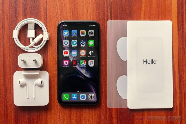 apple iphone xr review tests. Black Bedroom Furniture Sets. Home Design Ideas