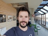 Selfie portraits - f/1.9, ISO 50, 1/120s - LG V40 ThinQ review