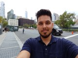 Selfie samples - f/2.2, ISO 50, 1/120s - LG V40 ThinQ hands-on review