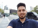 Portrait selfie samples - f/1.9, ISO 50, 1/120s - LG V40 ThinQ hands-on review