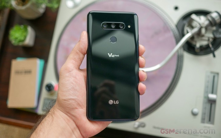 LG V40 ThinQ hands-on review