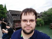 Meizu 15 selfie samples - f/2.0, ISO 50, 1/449s - Meizu 15 review