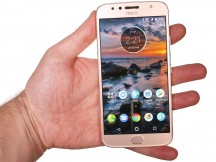 In the hand - Motorola Moto G5S Plus review