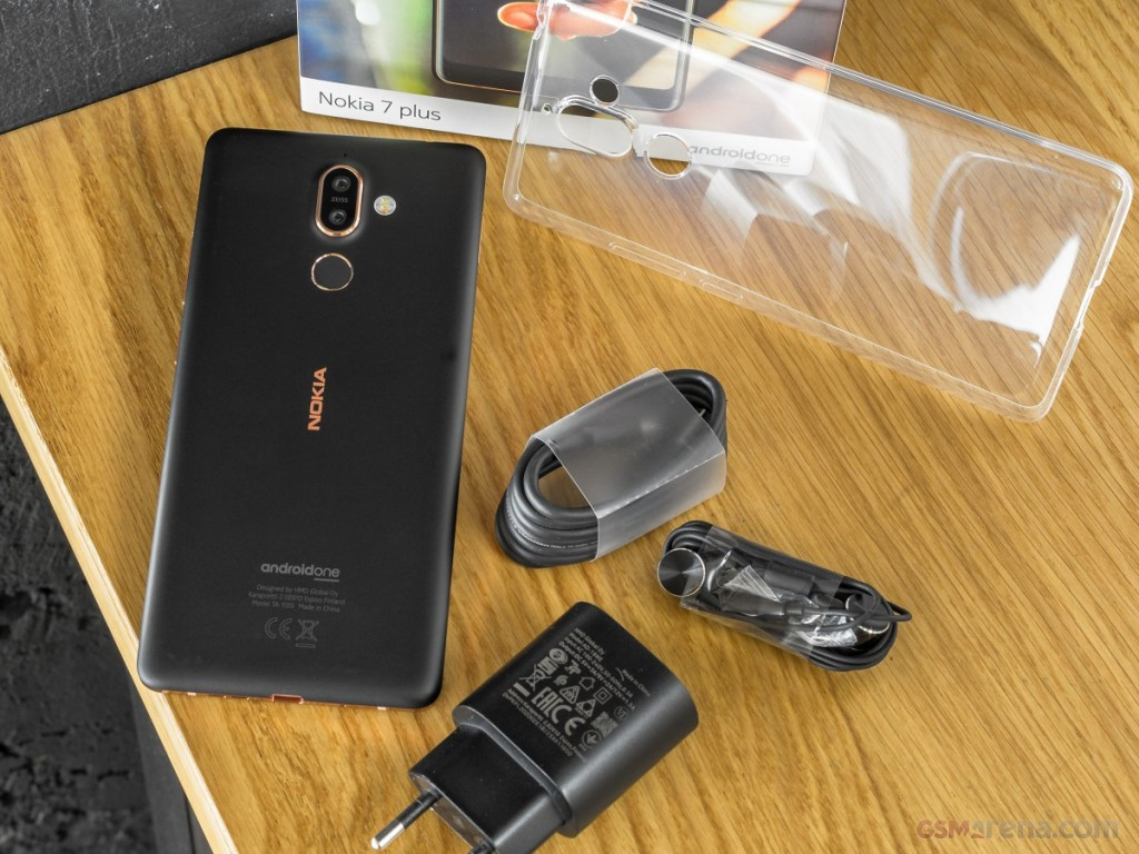 Nokia 7 Plus Pictures Official Photos