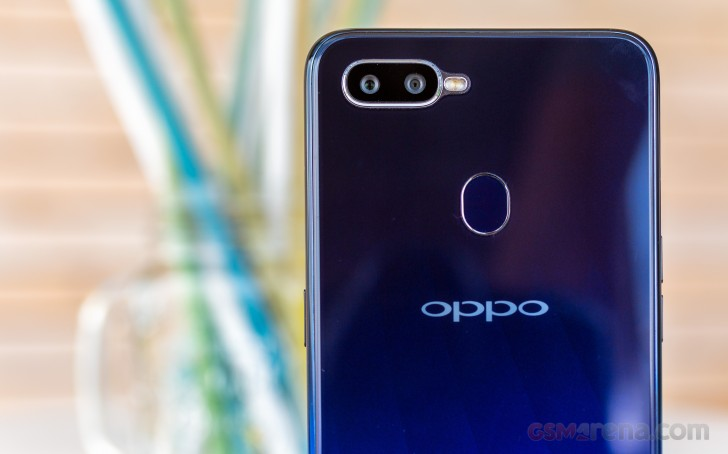 Oppo F9 review