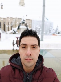 Pocophone F1 daytime selfies, Portrait mode off/on - f/2.0, ISO 100, 1/627s - Pocophone F1 long-term review