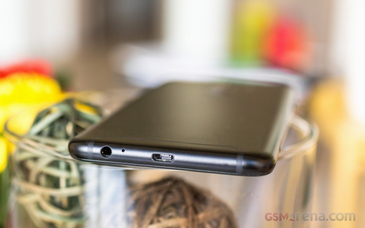 Samsung Galaxy A6+ (2018) review