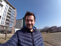 Selfie samples - ultra wide - f/2.4, ISO 125, 1/1202s - Sony Xperia L2 review