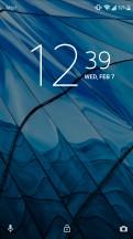 Xperia launcher: Lockscreen - Sony Xperia L2 review