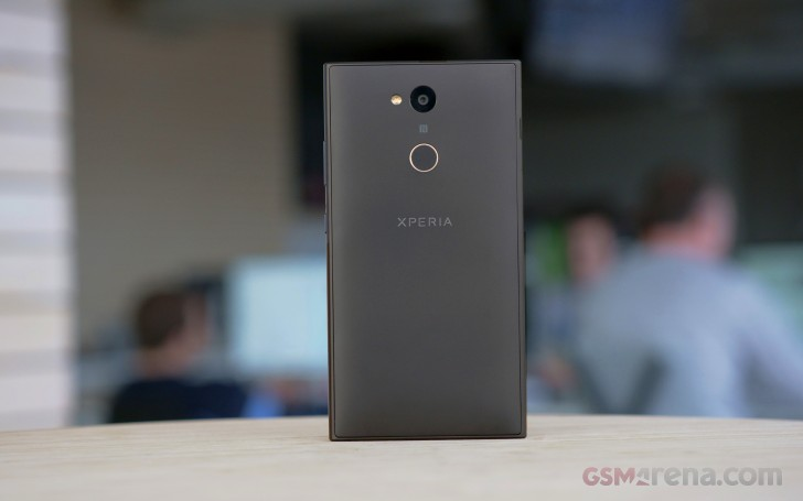 Sony Xperia XA2, XA2 Ultra, L2 hands-on review