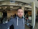Sony Xperia XA2 8MP group selfies - f/2.4, ISO 45, 1/50s - Sony Xperia XA2 review