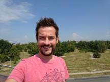Selfie samples - f/2.0, ISO 40, 1/1600s - Sony Xperia XZ2 Premium review