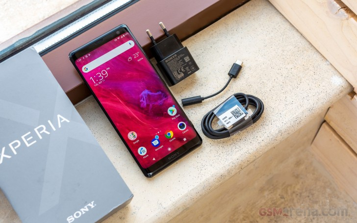 gsmarena 042 - Sony Xperia XZ3 review - GSMArena.com tests