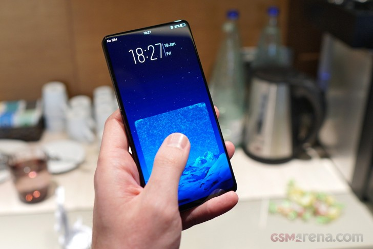 Vivo APEX is a concept smartphone half screen fingerprint sensor