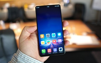 Vivo APEX concept hands-on: a half-screen fingerprint scanner and a periscope camera