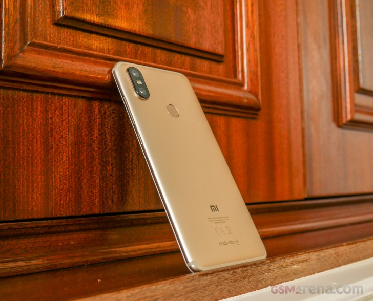 Xiaomi Mi A2 And Mi A2 Lite Hands On Review Xiaomi Mi A2 Hands On