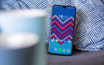New OnePlus 6/6T beta improves Screen Recorder, Weather, and Phone apps