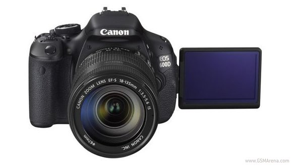Canon EOS 600D and EOS 1100D aim at the entry-level DSLR market