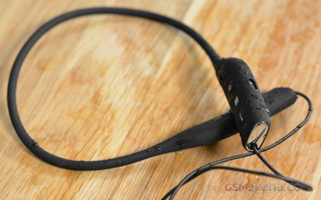 Sony Sbh70 Water Resistant Stereo Bluetooth Headset Flash Review