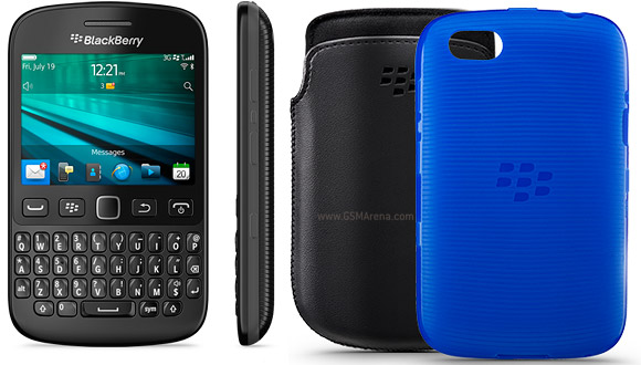 New BlackBerry 9720 brings QWERTY keyboard, old design
