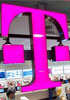 T-Mobile buys spectrum worth $3.3B from Verizon
