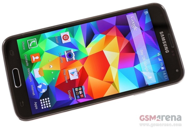 Virgin Mobile and Boost now sell Samsung Galaxy S5