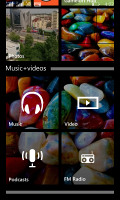 Microsoft Lumia 435 vs. Lumia 532