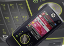 Motorola RIZR Z8 review: Slide and bend